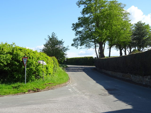 Road junction, Borras Head