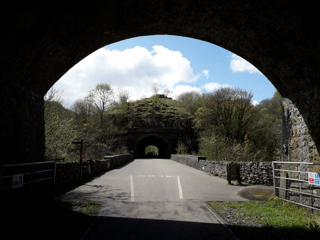 Chee Dale: emerging from Chee Tor Tunnel
