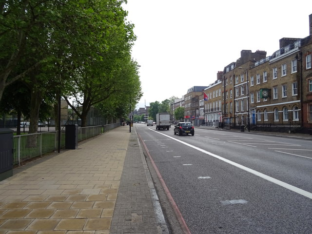 Commercial Road (A13)