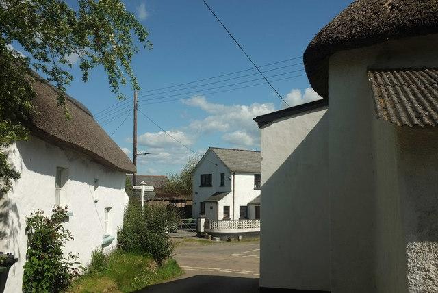 Crossroads, Harracott