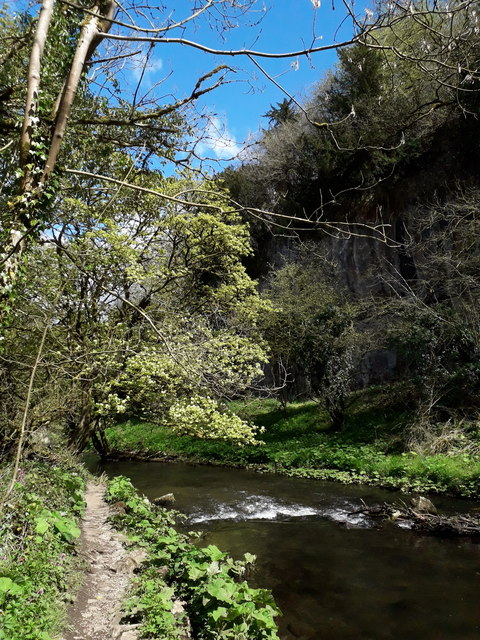 Chee Dale: a perfect piece of Peak District picturesqueness
