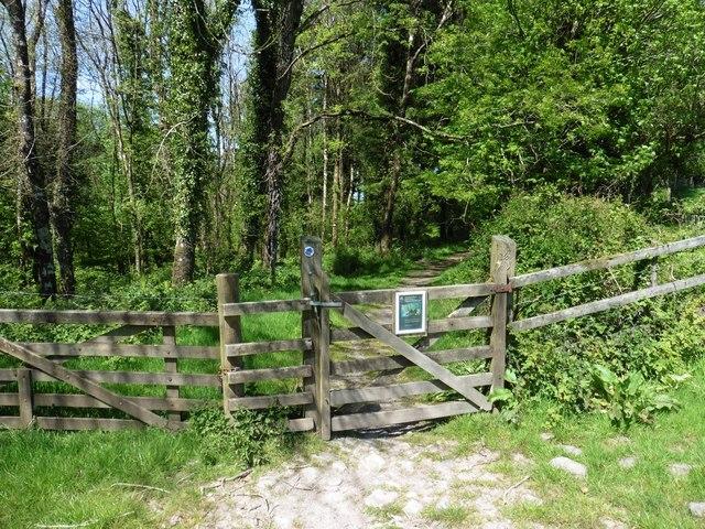 Entrance to Webber's Wood