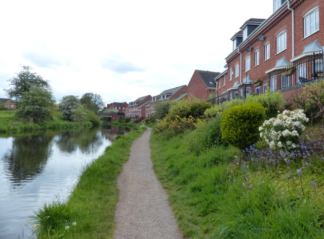 Staffordshire and Worcestershire Canal at Kidderminster
