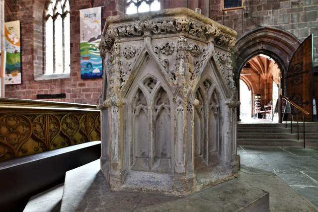 Nantwich, St. Mary's Church: Eight sided Caen stone font, introduced in c19th