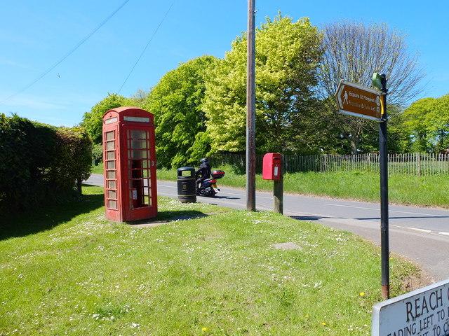 Phone Box and Post Box, Reach Road