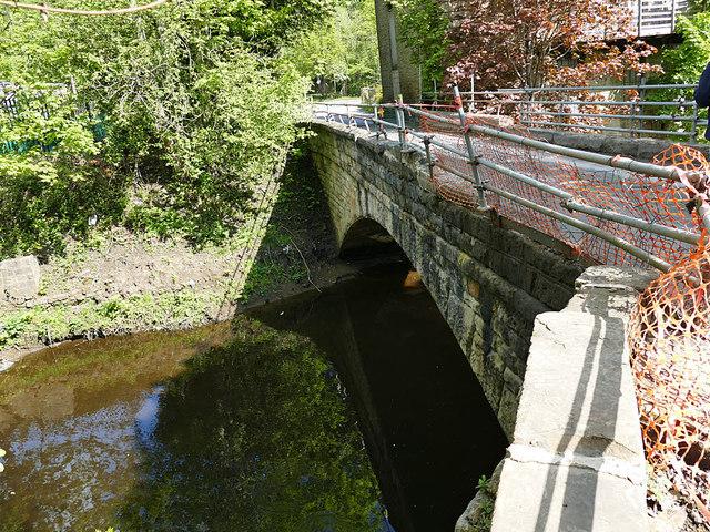 Upstream side of Carr Lane bridge