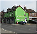 SU4766 : Green corner in Newbury town centre by Jaggery
