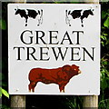 SO5318 : Great Trewen Farm name sign, Trewen, Herefordshire by Jaggery