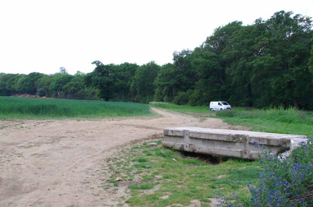 Footpath to Abridge