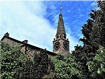 NS5036 : Galston Parish Church by Raibeart MacAoidh