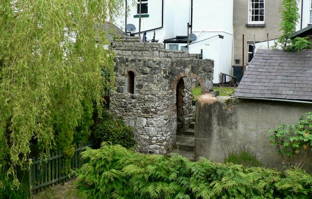 Garden 'folly' in Dawlish.