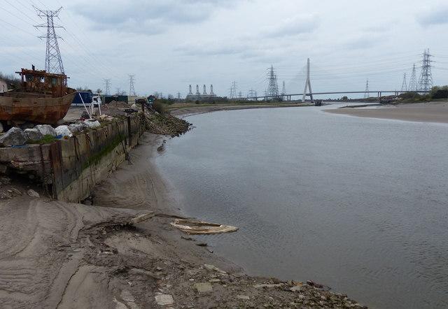 Afon Dyfrdwy (River Dee) at Connah's Quay