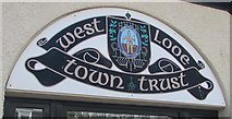 SX2553 : West Looe Town Trust crest by Jaggery
