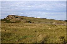 NY7969 : Hadrian's Wall by Rudi Winter