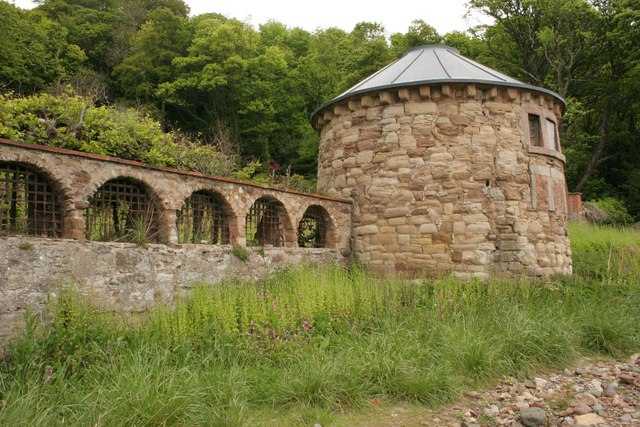 East tower and part of wall, West Wemyss