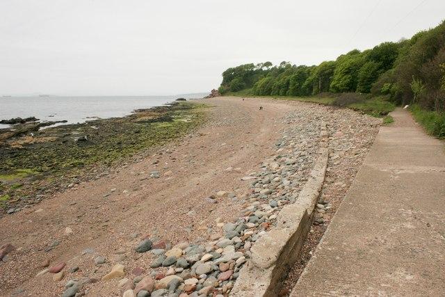 Beach between West Wemyss and Blair Point
