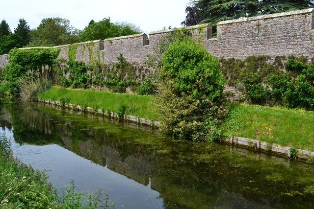 Moat and wall of the Bishop's Palace