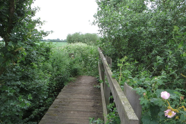 Footbridge on the Ouse path towards Odell
