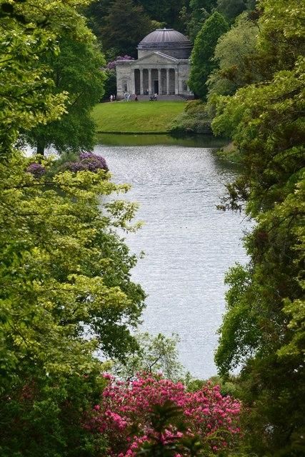 Stourhead Garden: view across lake towards the Pantheon