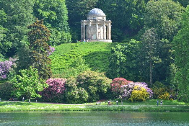 Stourhead Garden: view across lake to the Temple of Apollo