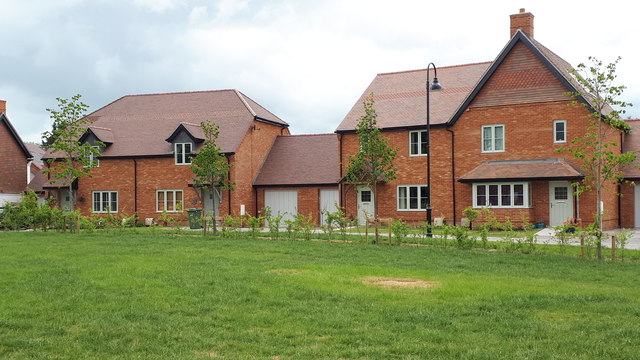 Newly built housing near the top of Knowle Lane