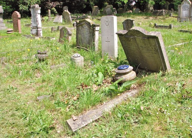 A row of graves in Section O