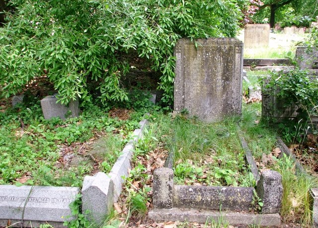 The grave of Frances Elizabeth and William Wilson