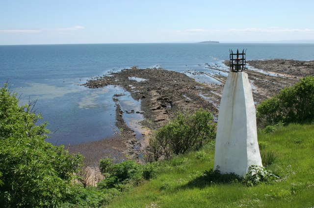 Lower Mead Light Beacon, Crail