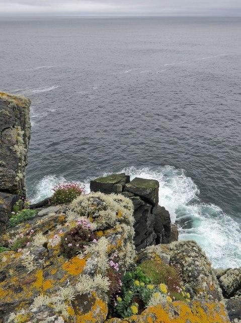 Coastline below Cnoc na Moine, Isle of Lewis