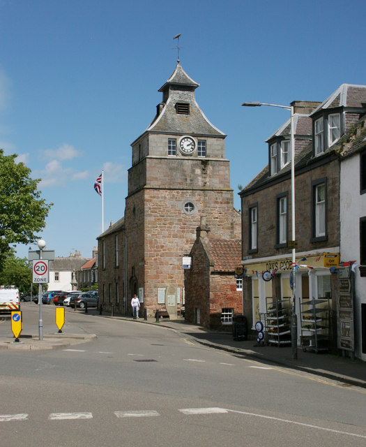 Tolbooth and town hall, Marketgate, Crail