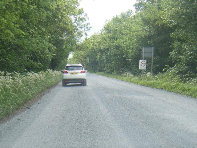 A659 Harewood Avenue heading west