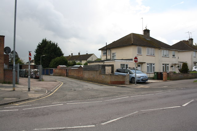 Nos.89 and 91 Willowbrook Road at road junction