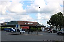 SP8014 : McDonald's on Bicester Road, Aylesbury by David Howard