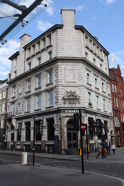 Former Hill and Sons Bank, West Smithfield