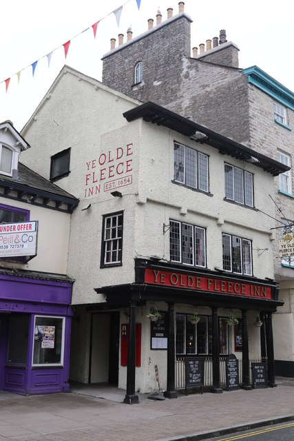 Ye Old Fleece Inn