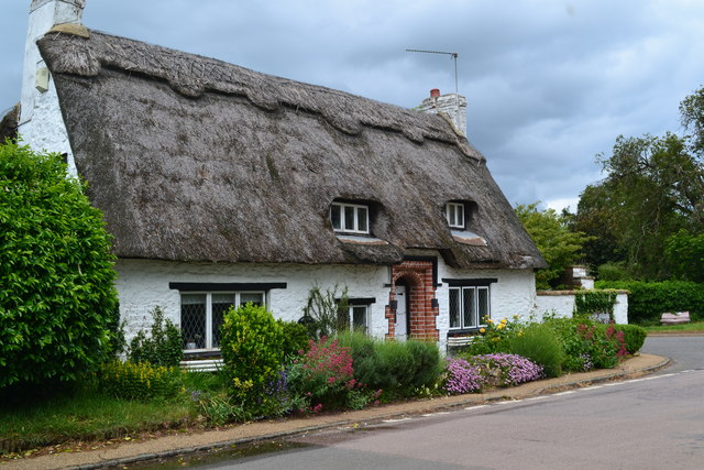Thatched cottage at Gayton