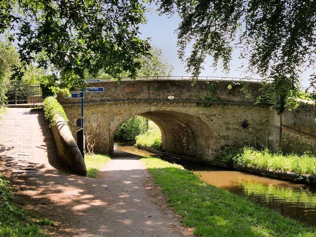 Llangollen Canal, Bridge#58 at Ellesmere