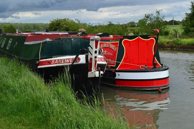 Narrowboats moored north of Gayton