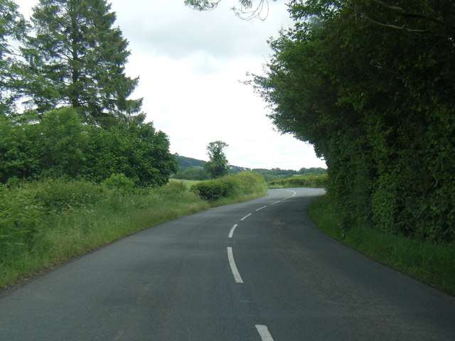 B4521 Old Ross Road heading east