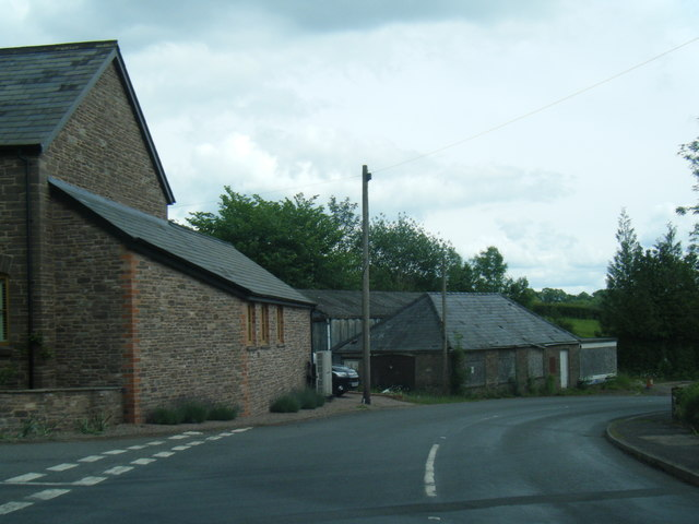 B4521 Old Ross Road at Cross Ash