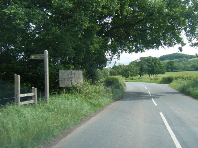 B4521 and pre-Worboys sign at Norton
