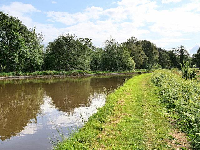 Shropshire Union (Llangollen) Canal, Winding Hole near Hampton Bank