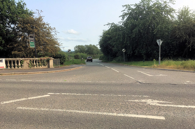 The Road towards Cross Houses