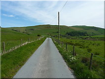 SJ1230 : Just to the southeast of Tyn-y-rhos by Richard Law