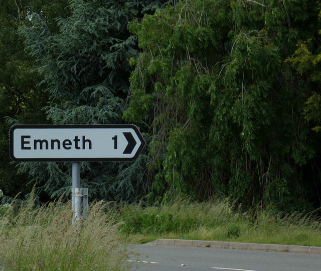 Roadsign on Outwell Road