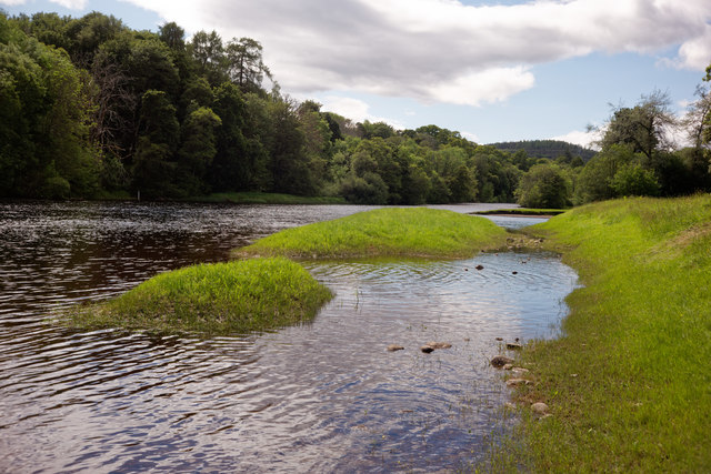 Edge of the River Beauly