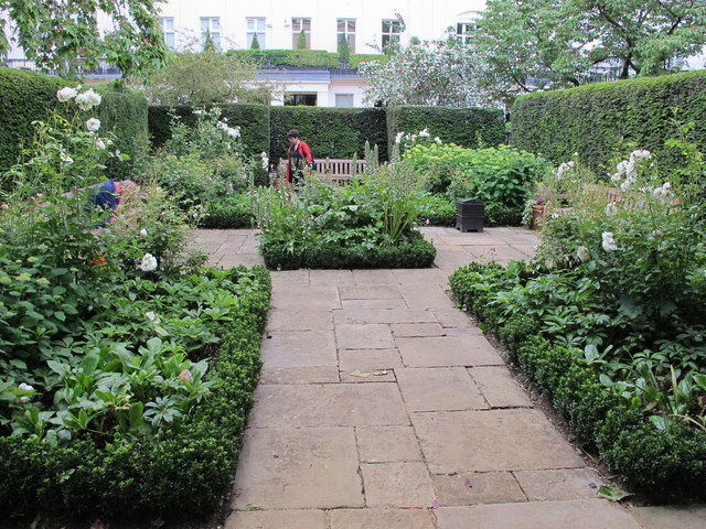 Chester Square, rose and perennial garden