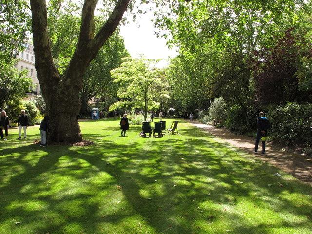 Eaton Square garden