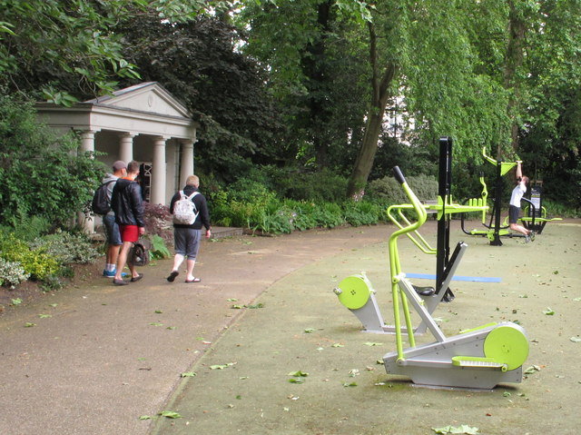 Outdoor gym in Belgrave Square Garden