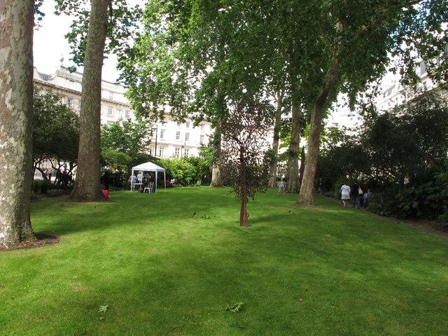 Wilton Crescent garden